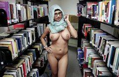 ميا خليفة تضاجع المكتبة بعميل موهوب