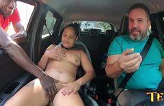 أخذت إلى بيت الدعارة لممارسة الجنس من قبل والدها الملتحي