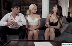 زوجان يمارس الجنس مع شقراء مقابل المال