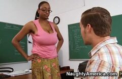 المعلم الأسود مص تلميذ الديك